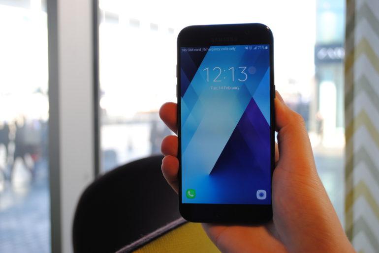 6fa16adc52d Kolm alla 350 eurost telefoni, mida Geenius just praegu osta ...