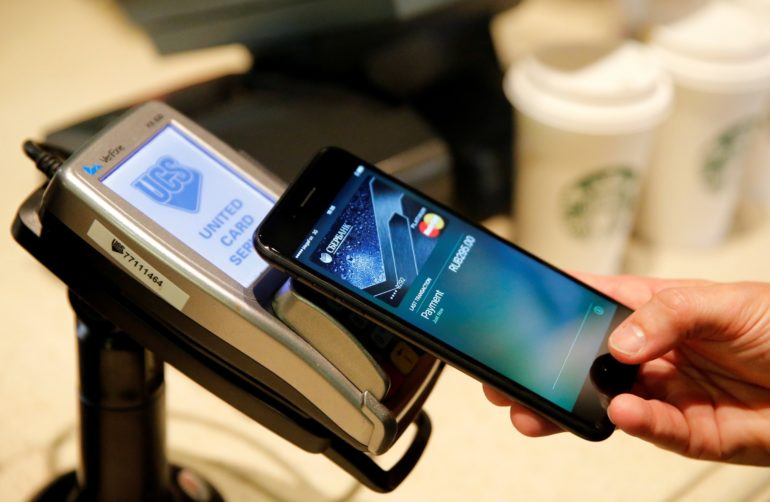 Puust ja punaseks: mis on täna Eestisse laienenud Apple Pay ja kuidas seda kasutatakse?
